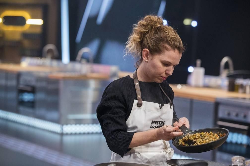 Conheça Lira Muller a piauiense que participa do reality gastronômico da Globo