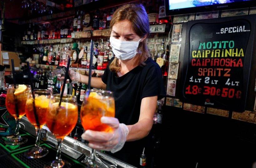 """Itália: preocupação com o """"happy hour"""" pós quarentena"""