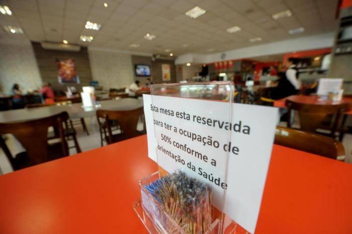Restaurantes e bares do Ceará se preparam para reabrir em 22 de junho