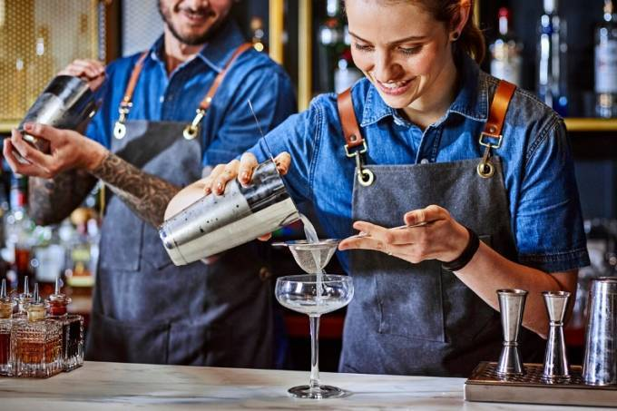 Covid: Ypióca doará 15 milhões para bares e restaurantes se recuperarem