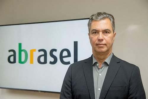 Abrasel lança uma rede social para apoiar bares e restaurantes