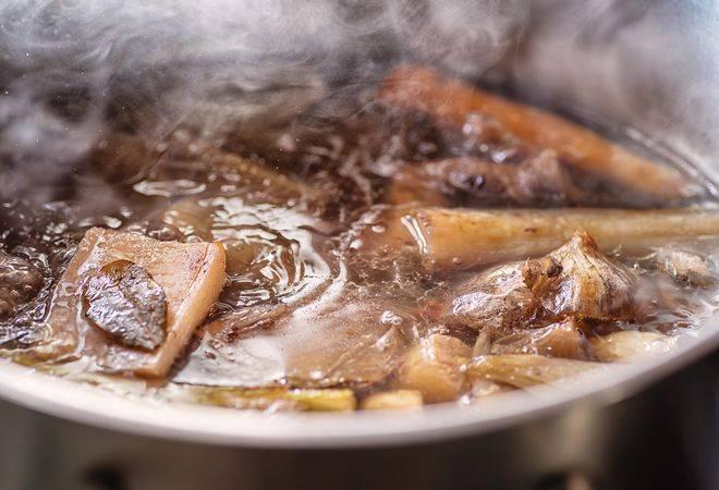 Receita de Caldo de Carne Caseiro