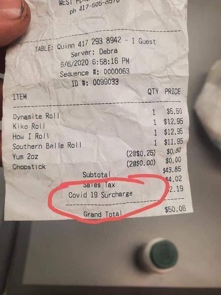 """Restaurantes  dos EUA cobram """"Taxa de Covid-19"""" aos seus clientes"""