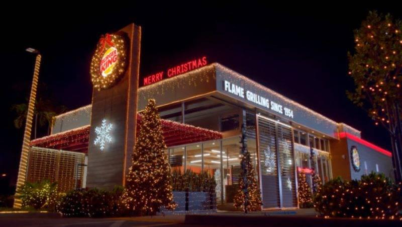 Para acabar de vez com ano de 2020, Burger King antecipou o Natal